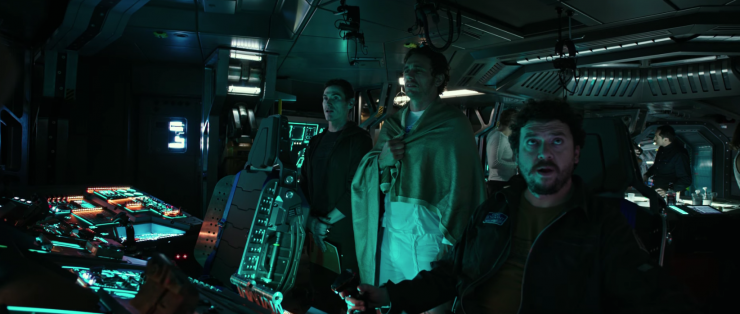 Director Ridley Scott gives you a taste of what's to come with this 4 1/2 minute Alien: Covenant prologue.