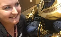 Sideshow Thanos Selfies