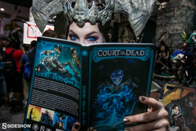 Queen of the Dead Cosplayer Graces the Convention with her Courtly Presence