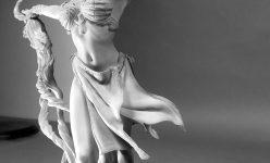 Gethsemoni Prestige Statuette