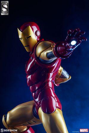Iron Man Statue