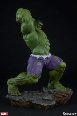 Hulk Avengers Assemble Statue