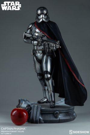 Captain Phasma Premium Format Figure