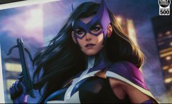 Huntress: Birds of Prey Premium Art Print