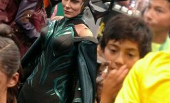Hela Sixth Scale Figure by Hot Toys