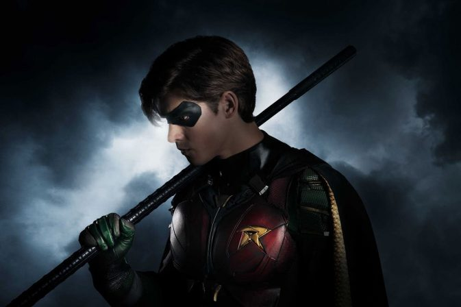 DC TV Reveals Robin's Live Action Look