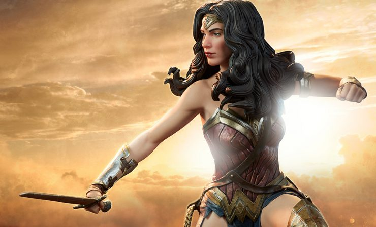 New Photos of the Wonder Woman BvS Premium Format Figure are here!
