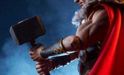 Thor Sixth Scale Figure
