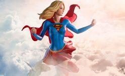 Supergirl Premium Format Figure