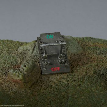 Iron Giant (Cel-Shaded Variant) Maquette