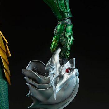 Aquaman Premium Format Figure Ocean Master Helmet