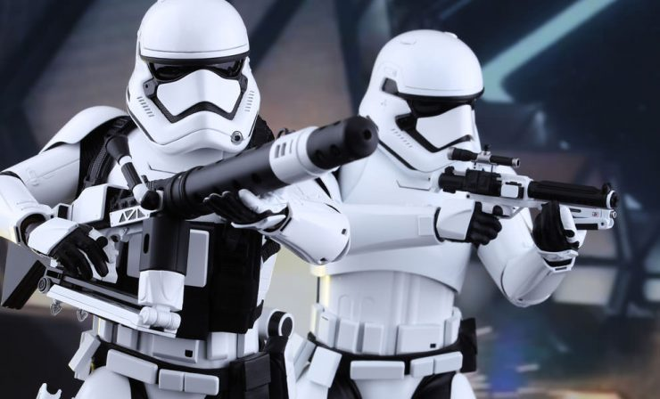 Hot Toys Stormtroopers Sixth Scale Figure Set