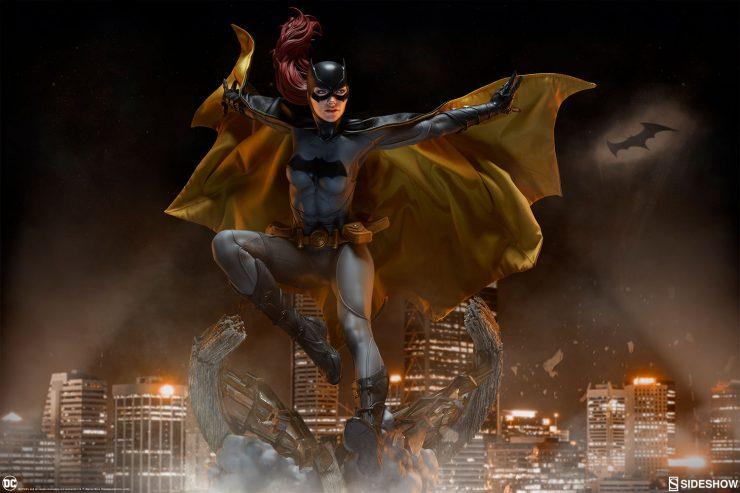 Gotham Belongs to the Batgirl Premium Format™ Figure!