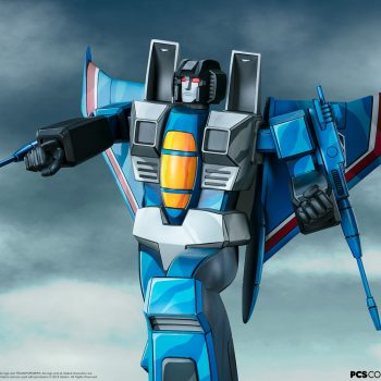 Thundercracker G1 Museum Scale Statue