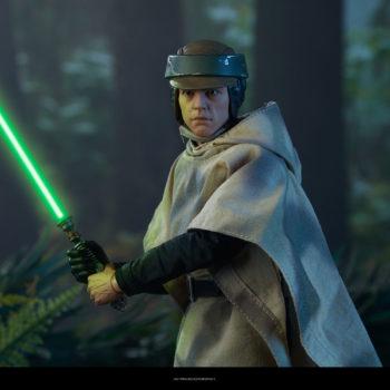 Luke Skywalker Deluxe Sixth Scale Figure