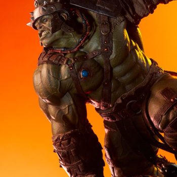 Gladiator Hulk Maquette Side-View Dramatic Lighting 2