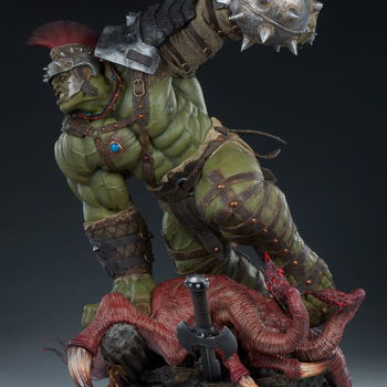 Gladiator Hulk Maquette Open Lighting Shot 1
