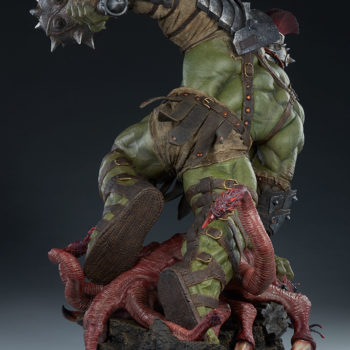 Gladiator Hulk Maquette Open Lighting Shot 3