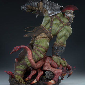 Gladiator Hulk Maquette Open Lighting Shot 4