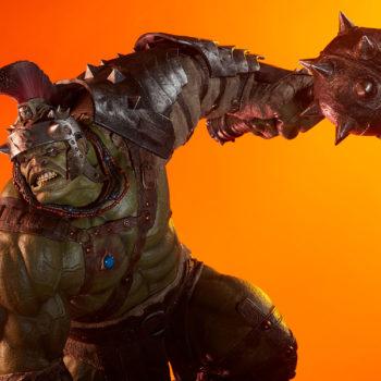 Gladiator Hulk Maquette Dramatic Lit Shot 4