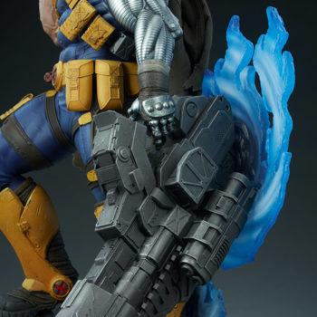 Cable Premium Format™ Figure Weapon Detail Shot 2