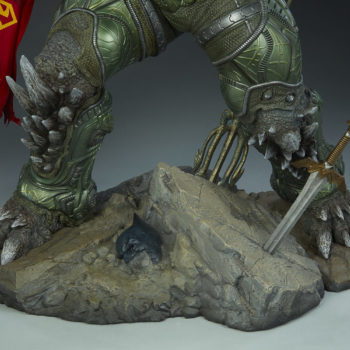 Doomsday Maquette Justice League Base Detail