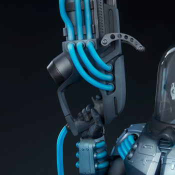 Mr. Freeze Premium Format™ Figure Cryo-Gun Close Up