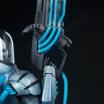 Mr. Freeze Premium Format™ Figure Cryo-Gun Close Up 2