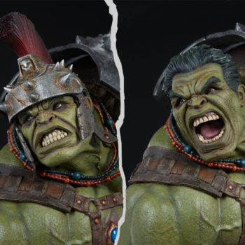 Gladiator Hulk Maquette Exclusive Edition Comparison Between Helmeted and Unhelmeted Portrait