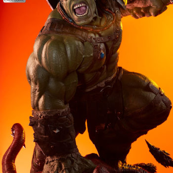 Gladiator Hulk Maquette Exclusive Portrait Dramatic Lit Shot 1