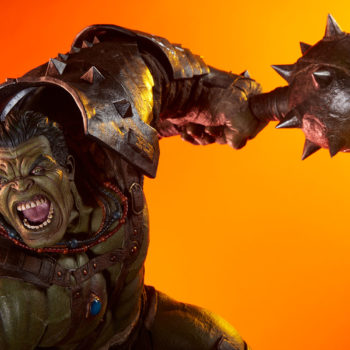 Gladiator Hulk Maquette Exclusive Portrait Dramatic Lit Shot 2
