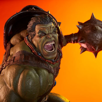 Gladiator Hulk Maquette Exclusive Portrait Dramatic Lit Shot 3