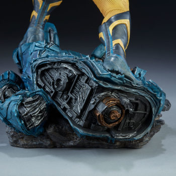 Wolverine Statue Base featuring Sculpted Sentinel Hand 3
