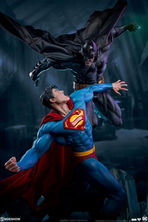 Batman vs Superman Diorama Dramatic Environment Shot