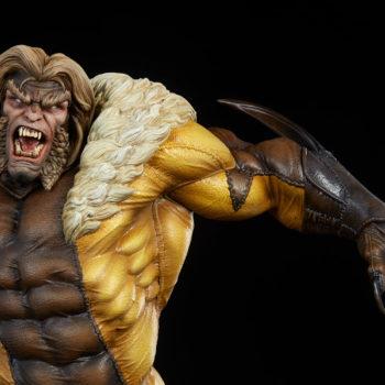 Sabretooth Premium Format™ Figure Upper Body Close-Up