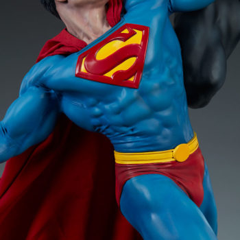 Batman vs Superman Diorama- Superman Body Detail Shot