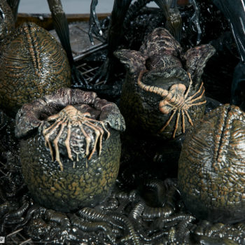 Alien Queen Maquette Alien Eggs Close Up 2- Sideshow and Legacy Effects