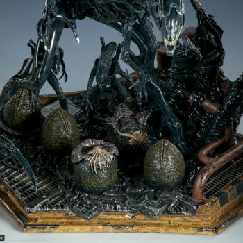 Alien Queen Maquette Base Detail Shot- Sideshow and Legacy Effects