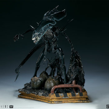 Alien Queen Maquette Turnaround 2- Sideshow and Legacy Effects