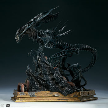 Alien Queen Maquette Turnaround 3- Sideshow and Legacy Effects