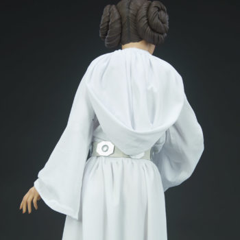 Princess Leia Premium Format™ Figure Back of the Dress Detail