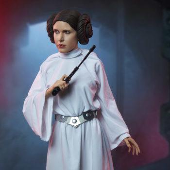 Princess Leia Premium Format™ Figure Dramatic Environment Shot 3
