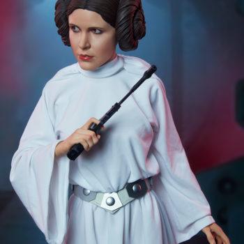 Princess Leia Premium Format™ Figure Dramatic Environment Shot 2