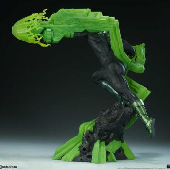 Green Lantern Premium Format™ Figure