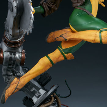 Rogue Maquette Side View of Legs in Flight and Buzz-Saw