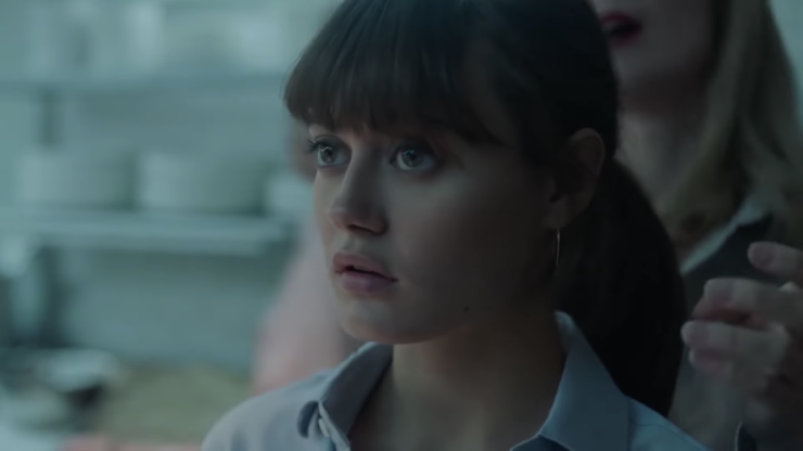 Ella Purnell in Sweetbitter