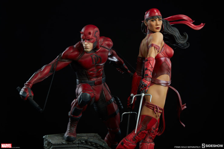 Elektra Natchios Premium Format Figure with the Daredevil Premium Format Figure