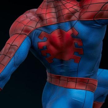 Spider-Man Premium Format™ Figure Back Muscle Suit Detail