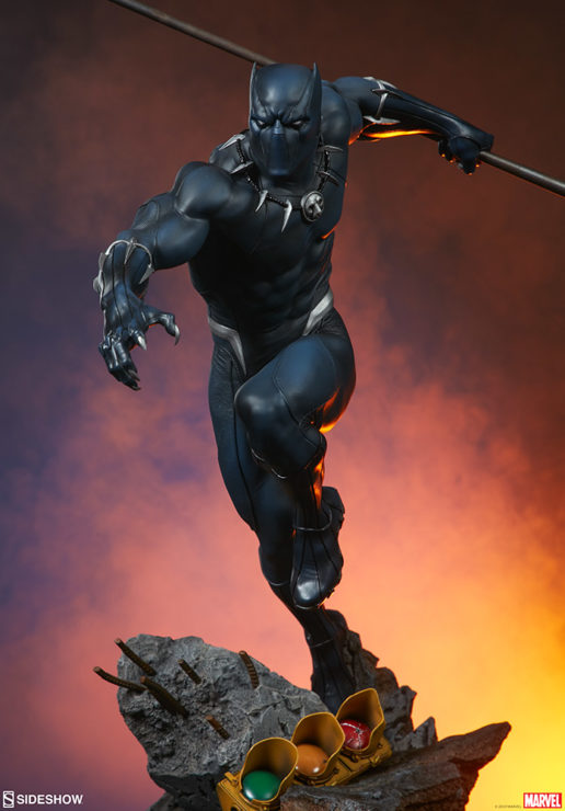 Black Panther Statue- Avengers Assemble Collection Dramatic Lighting 1