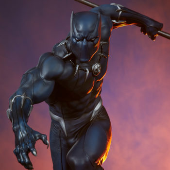 Black Panther Statue- Avengers Assemble Collection Dramatic Lighting Shot 5